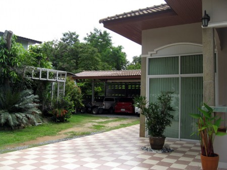 House in Pak Chong